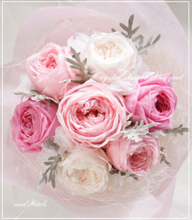 プリザーブドフラワーのオールドローズだけのピンクの花束