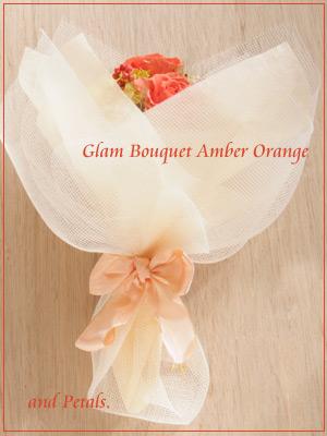 アプリコットオレンジがシックなプリザーブドフラワーの花束