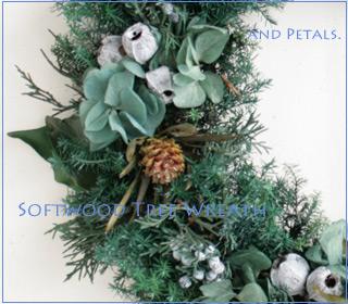 プリザーブドフラワーの針葉樹のシックなクリスマスリース