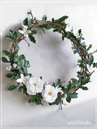 W028 Secret Garden Wreath